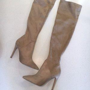 Kendall & Kylie Kkzoa Knee-High Boots